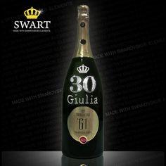 Spumante Berlucchi Magnum da 1,5 litri. Bottiglia personalizzabile con nome ed età in Swarovski.