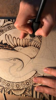 Wood Burning Tips, Wood Burning Techniques, Wood Burning Crafts, Wood Burning Patterns, Wood Burn Designs, Ink Pen Drawings, Wire Crafts, Diy Arts And Crafts, Craft Tutorials