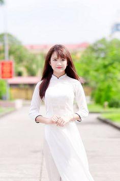 Áo dài trắng tinh khôi | Áo dài Việt Nam | Áo Dài Việt Nam | Flickr