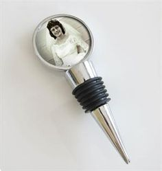 10 Pack of Photo Wine Bottle Stoppers for Weddings #wedding