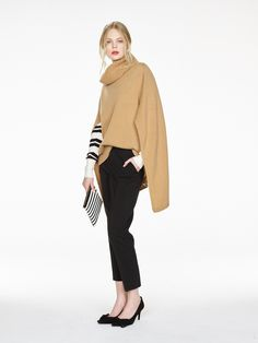 Banana Republic Fall 2016 Ready-to-Wear Fashion Show - Strong elements of French style throughout the entire collection.