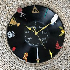 love to create by Diyzest Harry Potter Clock, My Etsy Shop, Unique Jewelry, Handmade Gifts, Create, Diy, Vintage, Upcycled Crafts, Handcrafted Gifts