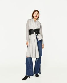 SPECIAL EDITION 100% CASHMERE SCARF from Zara