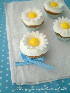 Dolci Magie e Stelline Colorate: Cupcakes al limone