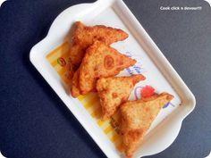 Samosa also known as samsa is a deep fried delicacy popular across India.The most commonly known version is Punjabi samosa,where in a cone out of maida is filled with potato masala,sealed and deep fried.While I like this samosa,which one do I love the most? It is a different version of samosa popular all over Tamil …