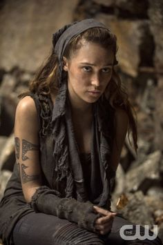 """Season 2 The 100 -- """"Fog of War""""  -- Image: HU206b_0239 -- Pictured: Alycia Debnam - Carey as Lexa -- Photo: Cate Cameron/The CW -- © 2014 The CW Network, LLC. All Rights Reserved"""