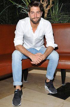 """Luis Fernández: """"He madurado como actor y como persona"""" - TV Luis Fernandez, Sexy Beard, Actors, Actor Model, Good Looking Men, Bearded Men, Gorgeous Men, Male Models, Man"""