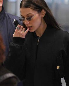 bella hadid Looks Bella Gigi Hadid, Bella Hadid Outfits, Bella Hadid Style, Bella Hadid Tumblr, Kendall, Isabella Hadid, Baby Model, Jeans Boyfriend, Models Off Duty
