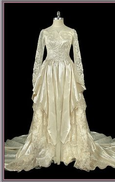 ca 1940 floral lace wedding gown