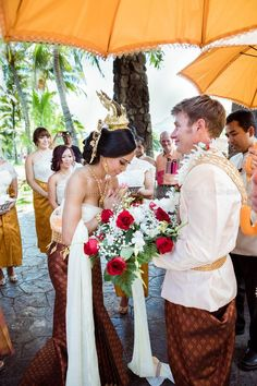 Apsara Diamant Bridal & Photo - Long Beach, CA, United States. Beautiful Traditional Khmer Wedding