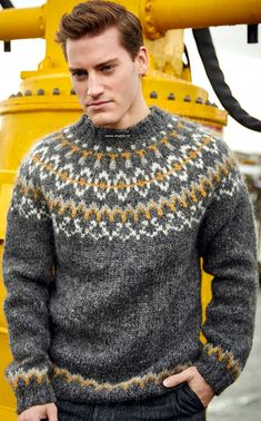 Knitting Patterns Free, Free Pattern, Mens Knit Sweater, Icelandic Sweaters, Fair Isle Knitting, Knitwear, Knit Crochet, Clothes, Style