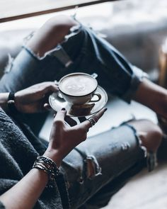 Cappuccino  Time for coffee! ☕Happy Tuesday! #coffeetime #capuccino #denim