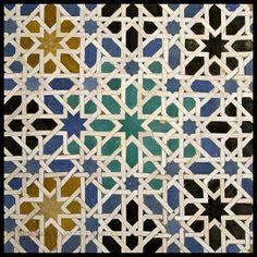 Alicatado mudéjar de los Reales Alcázares de Sevilla