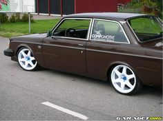 Brown 242 on Compomotive wheels
