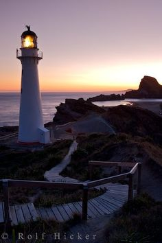 *Castlepoint Leuchtturm, New Zeland (by Rolf Hicker)
