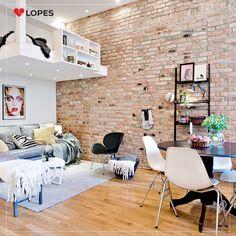 A grande tendência em imóveis são os micro apartamentos, ou Studios. Decorá-los pode ser um pouco desafiador mas com algumas técnicas o espaço pode ficar além de agradável, muito funcional.