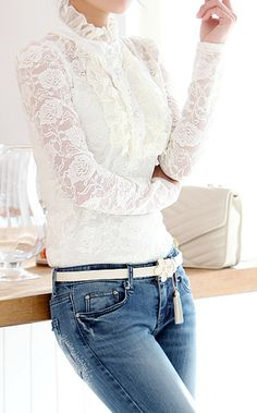 Lace Splicing, Flounce T-Shirt.