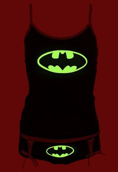 DC Comics Batman Logo Glow-In-The-Dark Tank Set