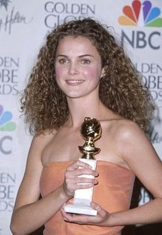 Keri Russell (in her Felicity days) would make a good Ellen.