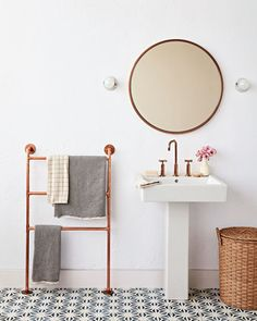 A towel ladder made of copper plumbing fittings gives your bathroom the charm of a fancy Parisian hotel suite for the cost of room-service petit déjeuner. Moving Blankets, Steel Shelving, Bathroom Wall, Bathroom Ideas, Neutral Bathroom, Bathroom Towels, Copper Bathroom, Bathroom Stuff, Bathroom Remodeling