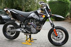 supermoto-daily:KTM lc4 640 mean looking