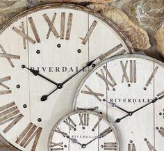 Riverdale Joy of Living > Collectie > Basic Bazaar Joy Of Living, Home And Living, Rivera Maison, Big Clocks, Wall Clocks, Tick Tock Clock, Home Clock, Hanging Clock, Clock Decor