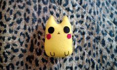 Pupazzo gatto ispirato a Pikachu kawaii di BarbaraCreazioni, €5.90