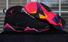 "First Look: Air Jordan 7 ""Raptors"" Air Jordan Sneakers, Nike Air Jordans, Shoes Jordans, Nike Free Shoes, Nike Shoes Outlet, Sneakers Fashion, Fashion Shoes, Jordan 7, Jordan Retro 7"
