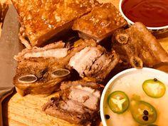 Lechon Kawali or Roast Pork is a popular Filipino pork dish. Made with pork belly simmered in seasoning and deep fried until crisp. Pork Lechon Recipe, Lechon Paksiw Recipe, Pata Recipe, Sisig Recipe, Easy Filipino Recipes, Filipino Food, Chinese Recipes, Molo Recipe, Pork Belly Roast