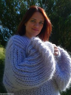 Hand Knitted Long hair Mohair Fuzzy Sweater Pullover by LanaKnittings Thick Sweaters, Hand Knitted Sweaters, Angora Sweater, Malli, Sweater Outfits, Hand Knitting, Pullover, Long Hair Styles, Wool