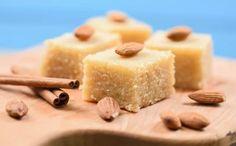 Σιμιγδαλένιος χαλβάς με άρωμα πορτοκάλι Vinegar For Hair, Cooking Tips, Feta, Cheesecake, Pudding, Cupcakes, Desserts, Pastries, Foods