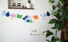梅雨ガーランドになります。サイズ 長さ 65センチ 紫陽花 8 ×9センチ かたつむり 6センチ かえる 5×6センチ てるてる坊主 4×7センチ梅雨の時期にピッタリなガーランドになります。子供部屋や玄関ポーチのちょっとした飾りに。素材 フェルト