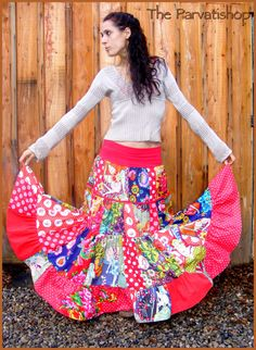 Jupe gitane boheme patchwork hippie boho maxi skirt dress upcycled de la boutique theparvatishop sur Etsy