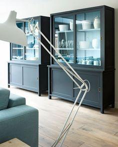 In grote ruimtes moet je ervoor waken dat meubels niet in het niet vallen.