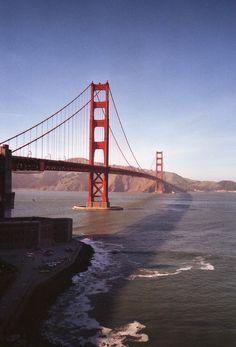 clear sky over the golden gate bridge