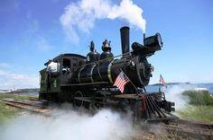 Mini – Trains Across New England@Aleks Davis-New England Train tours!