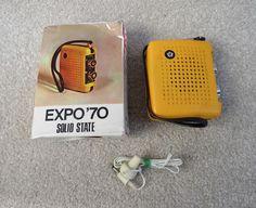 VINTAGE EXPO '70 MINIATURE TRANSISTOR RADIO IN BOX UNUSUAL GREAT LOOKING RADIO