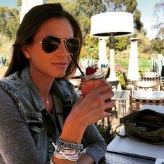 Happy Sunday everyone! @astridbryan #jacket #rayban #sunnies @ray_ban  www.foursunnies.com