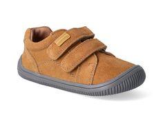 Barefoot tenisky Protetika - Lars beige. Pohodlnékoženébarefoot členkové topánky prechlapcov, vhodné pre každodenné nosenie. Flexibilná podošvapodporujúca prirodzenú valivosť chodidla. Zvýšený okopna špičke topánky chráni obuv pred poškodením. Anatomicky tvarovanásnímateľná mäkká kožená stielka. Zapínanie na… Barefoot, Baby Shoes, Beige, Adidas, Sneakers, Clothes, Products, Fashion, Tennis