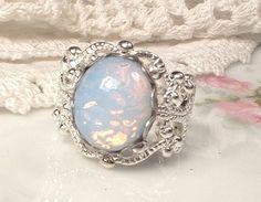Anneau d'opale filigrane d'argent verre blanc par AmoreTreasure
