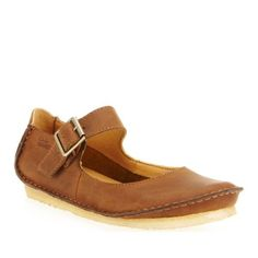 Clarks Women's Faraway Fell Flat,Beeswax Leather,7 M US #Women's #Shoes #Gift #Christmas #Wishlist #Fashion #Sneakers
