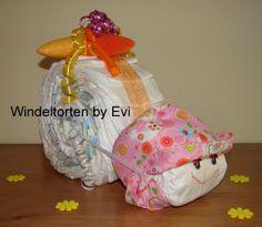 diaper snail; Windelschnecke 'Luzie', süsse Windeltorte  von Windeltorten By Evi auf DaWanda.com