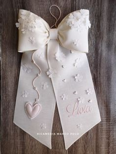 Lace Beadwork, Baby Mobile, Cutwork, First Communion, How To Make Bows, Embroidery Applique, Confetti, Baby Kids, Diy And Crafts