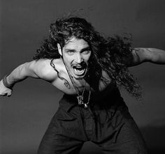Chris Cornell Screaming Black and white