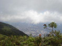 Caracas desde el Parque Nacional El Ávila, Caracas- Venezuela.