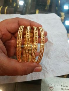 bridal jewelry for the radiant bride Plain Gold Bangles, Gold Bangles Design, Gold Earrings Designs, Gold Jewellery Design, Antique Jewellery Designs, Gold Jewelry Simple, Elegant, Bridal Jewelry, Bangle Bracelets