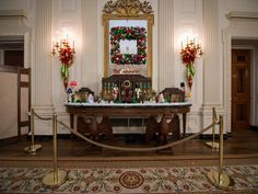 Get VIP access with host Genevieve Gorder as HGTV shoots its annual White House Christmas special. Genevieve meets White House staffers and holiday volunteers, helps with decorating, and gets a first-hand look at the creation of the iconic Gingerbread White House.