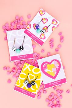 Give your besties a handmade necklace and cute custom card this Valentine's Day.  Just download the free customizable Avery template and create your DIY Valentine's Day gift. So simple and a great gift for friends, co-workers, mothers and more.