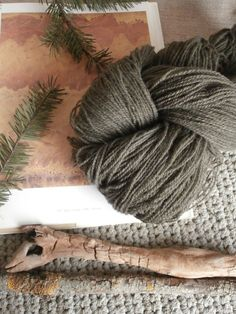Natural plant dyed wool yarn green gray. FINGERING sock yarn weight. Organic. Suitable for knitting tablet weaving, crochet and nalbinding.