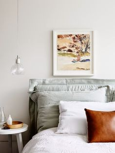 the design filesLight + bright. // a thousand times yes to the leather pillow - iov
